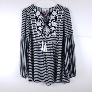 Andree Boho Embroidered 3/4 Sleeve Top Size Small